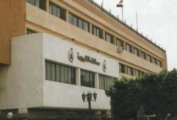 """تظاهرات أمام محافظة القليوبية احتجاجا على قرار غلق """"معرضين"""""""