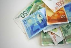 تريد التخلص من ديونك وتأمين تقاعدك.. 10 نصائح لإدارة أموالك