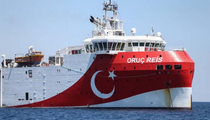 هل خافت تركيا من التهديدات الأوروبية فسحبت سفينة التنقيب؟!