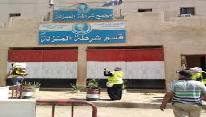 """أهالي المحتجزين بقسم المنزلة: """"الداخلية"""" تفبرك محاولة هروب للتغطية على تعذيب أبنائنا"""