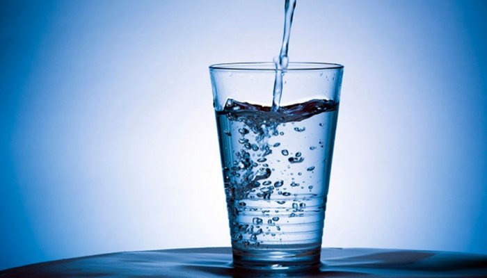 فوائد الإفطار على الماء بعد الصيام