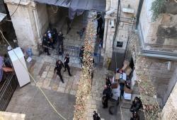"""""""علماء فلسطين"""" تطالب بوقف اعتداءات الاحتلال على الأقصى"""