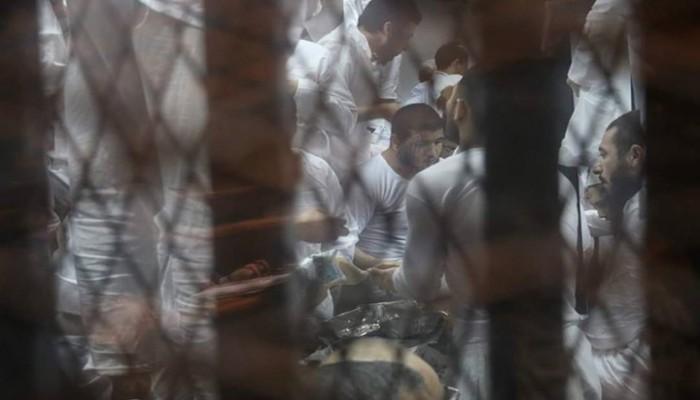 إضراب معتقلي سجن طرة عن الطعام