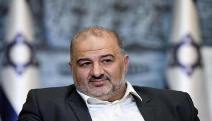 استنكار في مناطق 1948 لمشاركة منصور عباس بحكومة الاحتلال