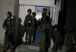جيش الاحتلال يعلن استمراره باقتحام منازل الفلسطينيين بالضفة
