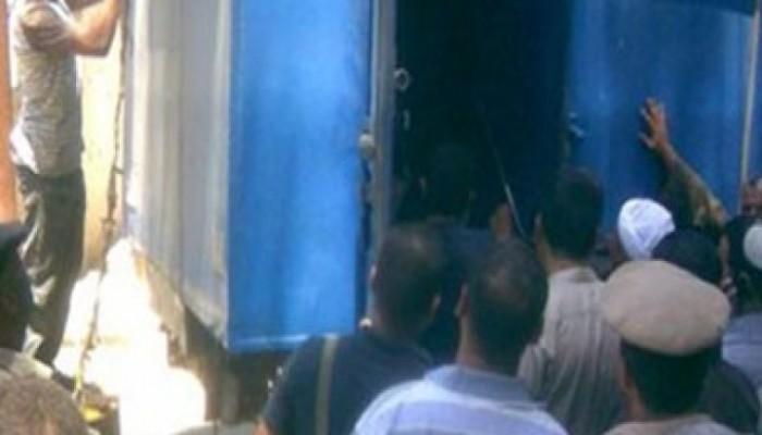مذبحة عربة الترحيلات كادت تتكرر من جديد.. والضحايا هذه المرة معتقلات