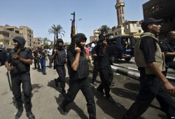 تقرير حقوقي: أمن الانقلاب يستخدم أسلوب التنكيل الجماعي بحق أسر معارضي السيسي